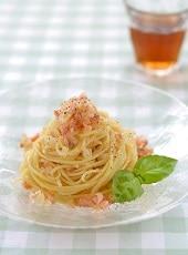 キラキラサーモンの冷製スパゲッティ