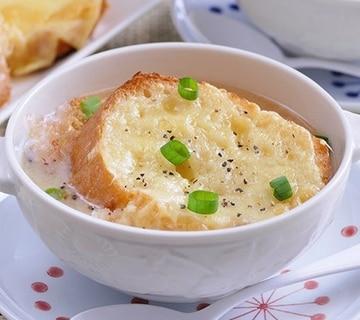 オニオングラタン風白味噌スープ