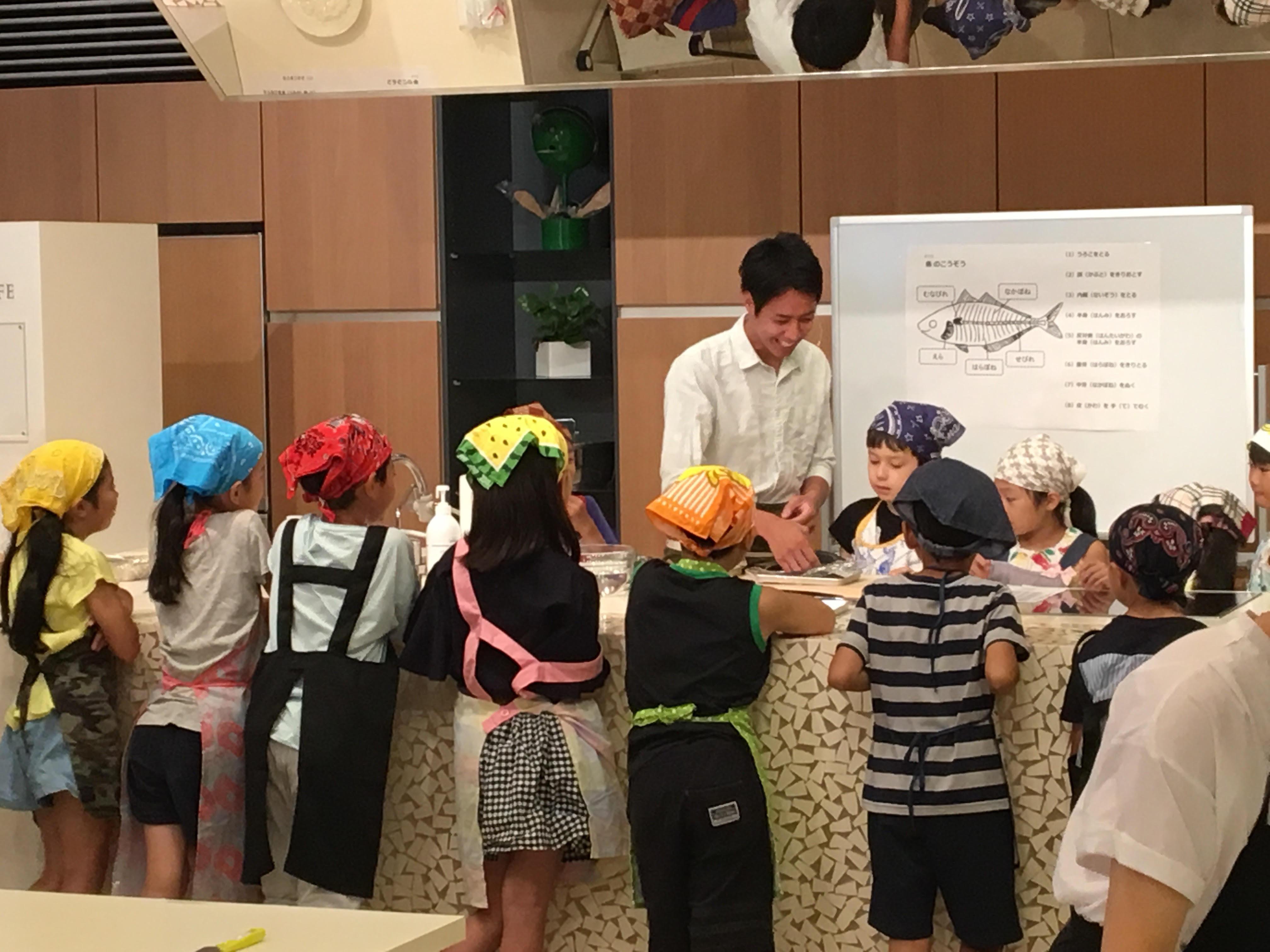 高橋善郎:貝印株式会社「子供向け包丁講座」イベント