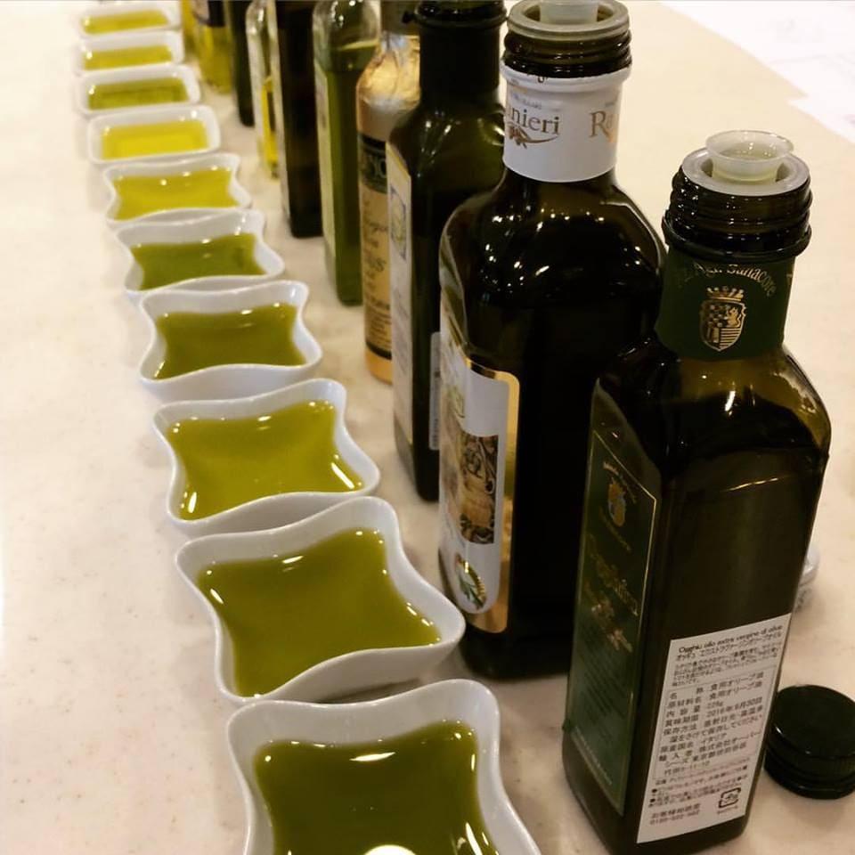 ヤミー'sキッチン1月開催 「オリーブオイルの味比べとイタリア料理」