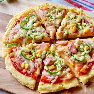 冷凍うどん+家にあるもので!もちもち食感のお手軽ピザ