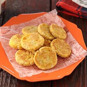 子どもと一緒に作っても◎!「フライパンdeかぼちゃのソフトクッキー」