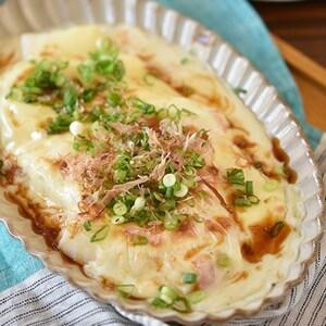 お餅で簡単和風グラタン♪「お餅の牡蠣だし醤油グラタン」