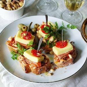 チーズを使ったおしゃれピンチョスでおもてなし♪