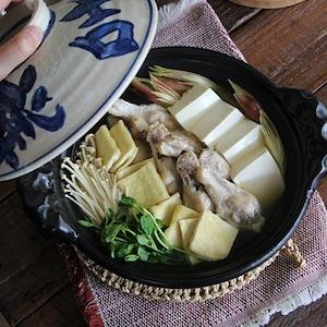 うま味たっぷりでつけだれいらず!鶏手羽と豆腐の水炊き鍋