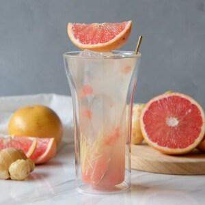 【PR】おしゃれで機能的なグラスと一緒に、手作りの「お酒」と「おつまみ」を