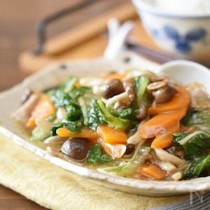 「京風割烹白だし」で。肌寒い日に食べたい「豚バラ白菜のしょうがとろみ煮込み」