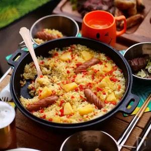 肉料理に合う!無洗米を使ってBBQにおすすめの「パイナップルのエスニックピラフ」