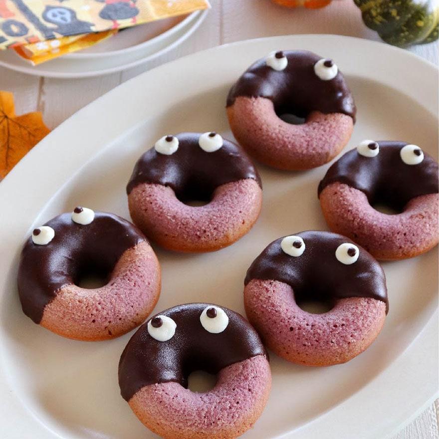紫でハロウィン感満載!おばけの焼きドーナツ