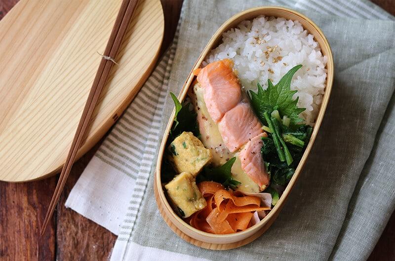 焦げ付かず魚料理もきれい!「鮭のマヨチーズ焼き弁当。」