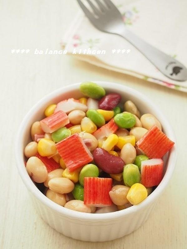 お弁当に。かにかまと豆の和風マリネ