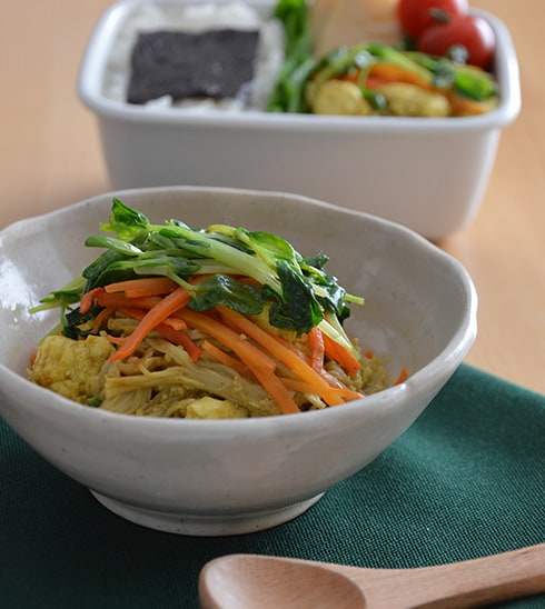 定番の味にひと工夫!カレー風味の炒り豆腐
