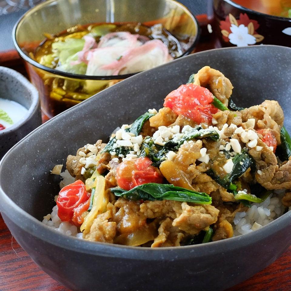 牛肉と野菜のうま味たっぷり!疲労回復スタミナ野菜カレー
