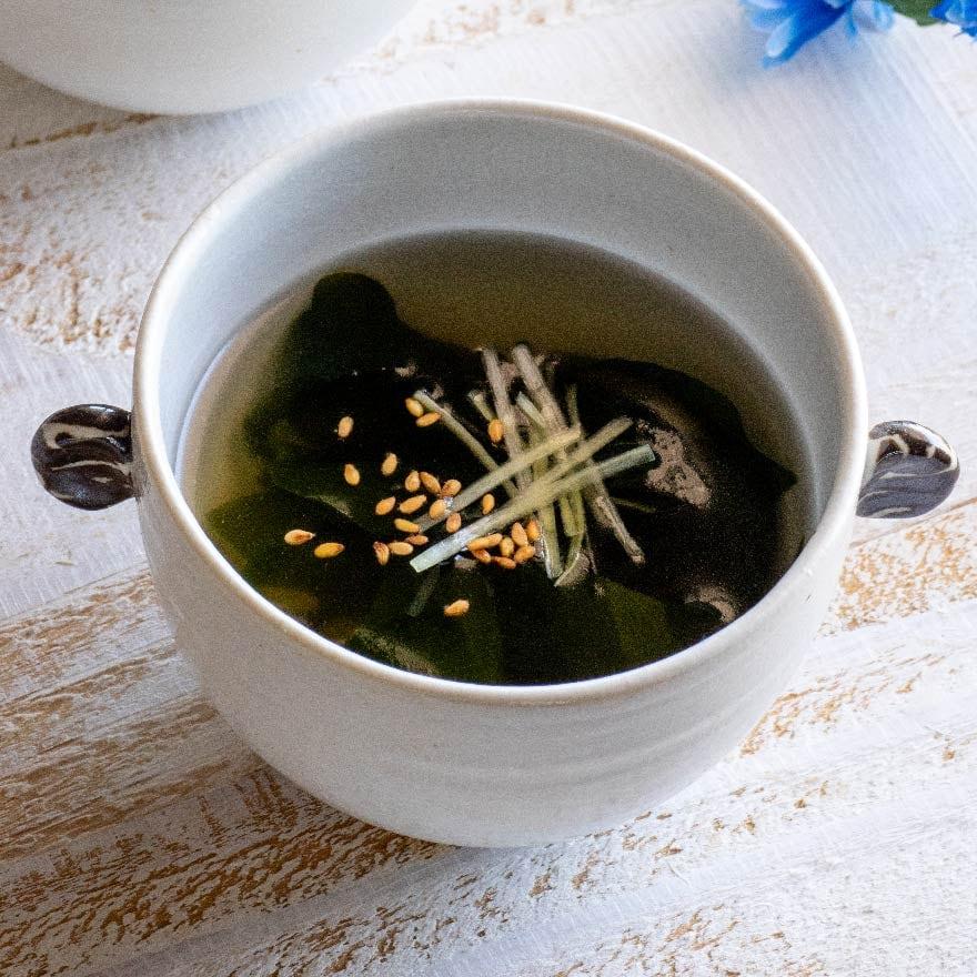 しょうがの香りでさっぱり!簡単わかめスープ