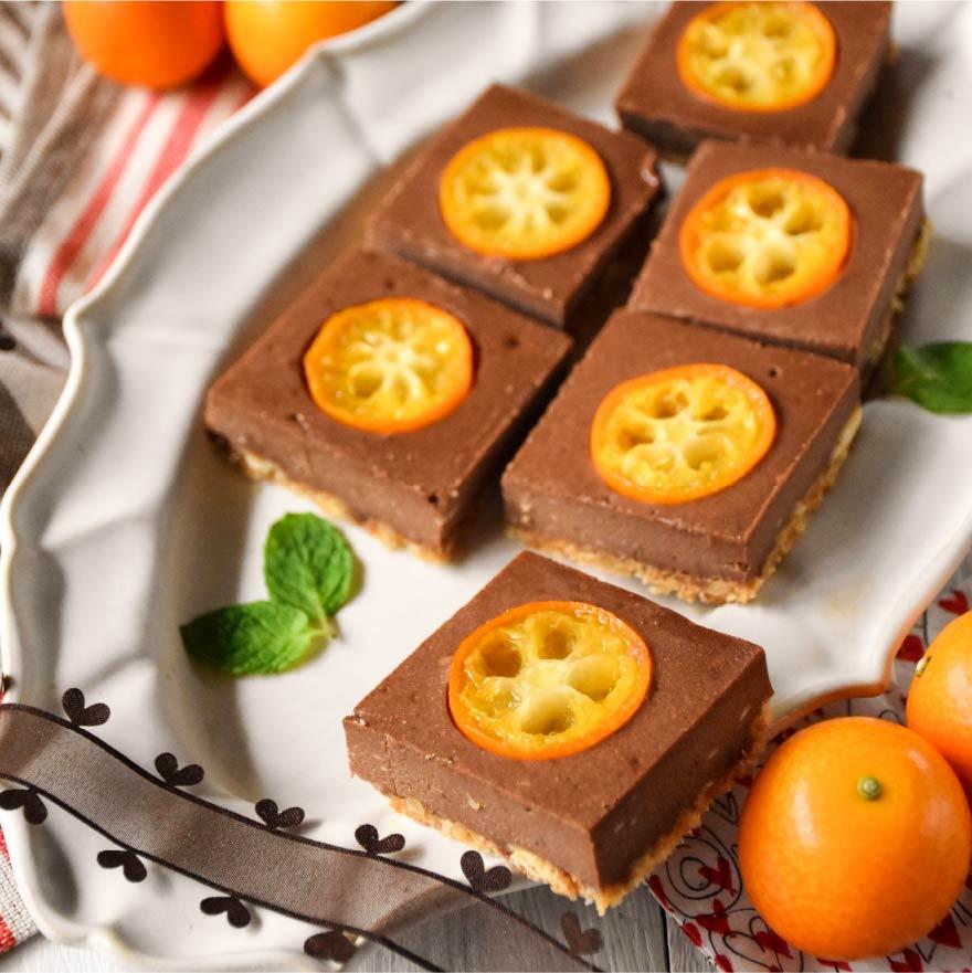 ひと口サイズでかわいらしいチョコレートチーズケーキ