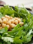 春菊とひよこ豆のサラダ