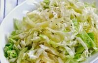 キャベツがもりもり食べられます!キャベツの塩揉みサラダ