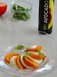 アボカドオイルで「柿モッツアレラ」
