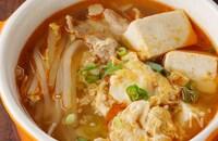 主役級おかずスープ!豚こま肉とふあとろ卵の韓国風ピリ辛煮込み