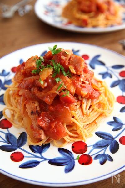 トマト ソース パスタ