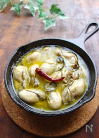 『【スキレット】牡蠣のアヒージョ』