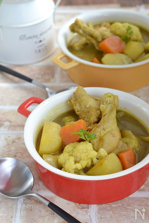 手羽元とごろごろ野菜のカレースープ鍋