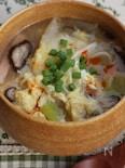 キノコとギョウザの皮の具だくさん中華スープ