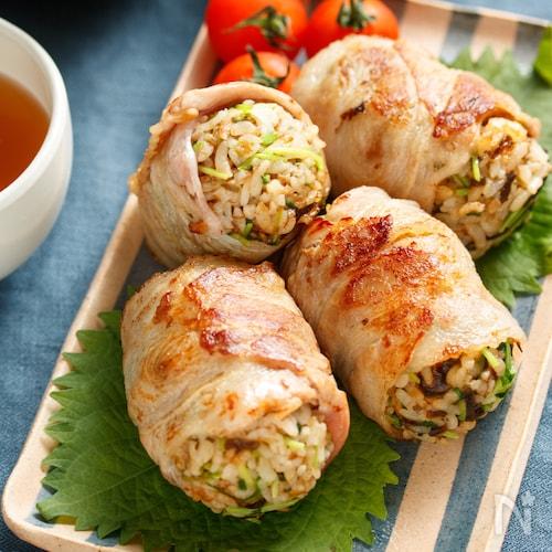 豆苗と塩昆布の肉巻きおにぎり【#簡単 #包丁不要】