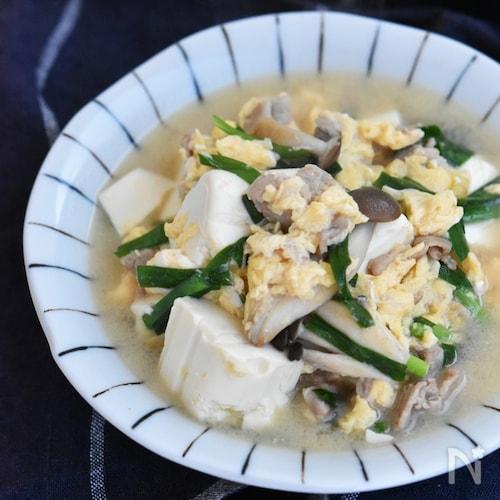 豚肉と豆腐のふんわり卵とじ
