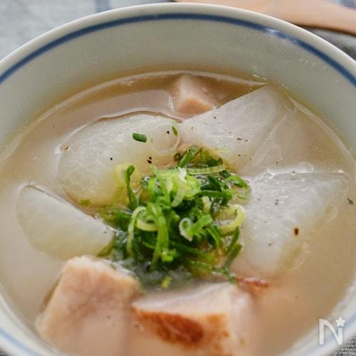 ベーコンと大根の「コン根スープ」