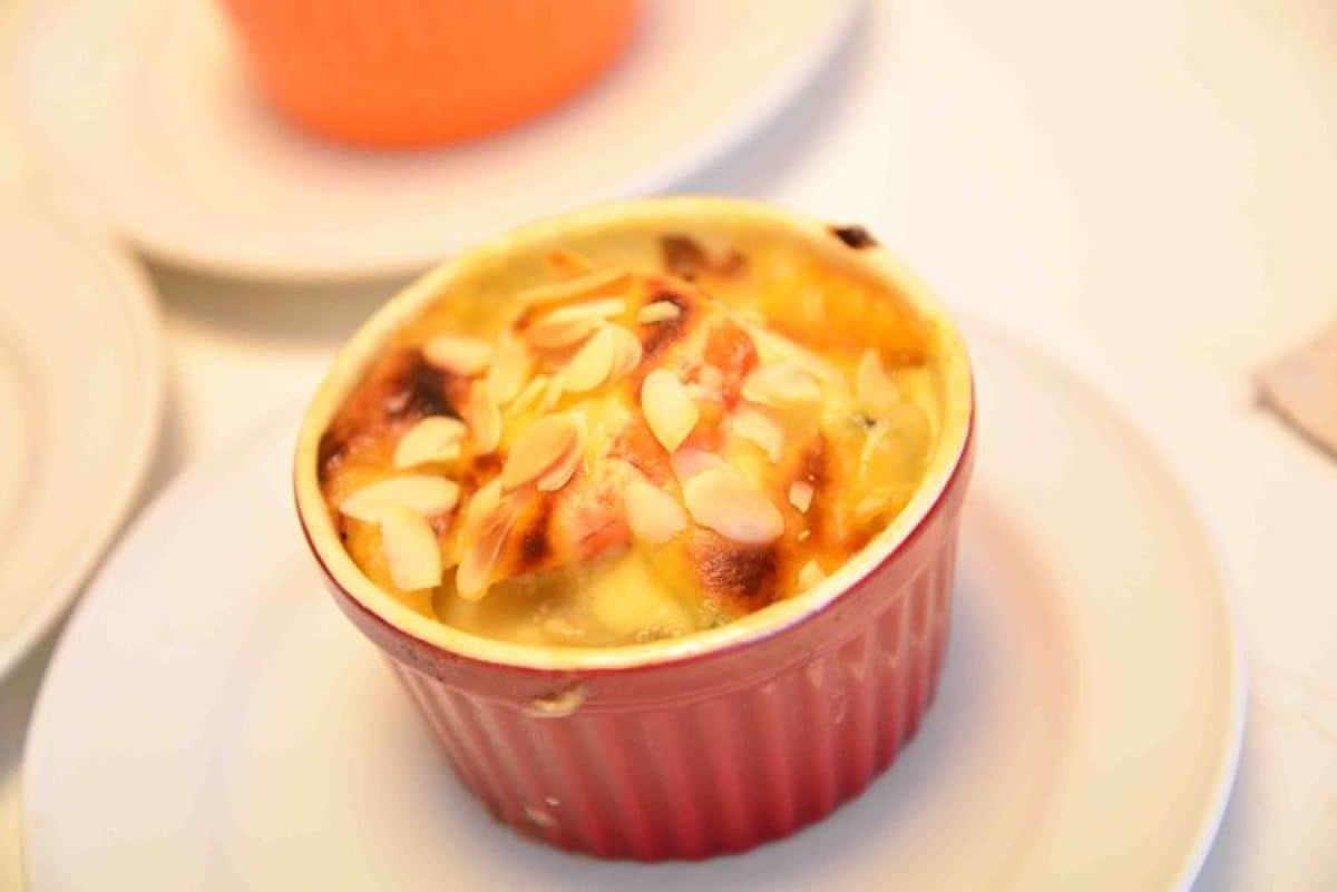 牡蠣の西京味噌ソース
