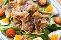 カリカリ豚のしょうがポン酢サラダ
