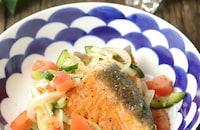 作り置きにも便利♪栄養豊富で食べやすい鮭のエスカベッシュ