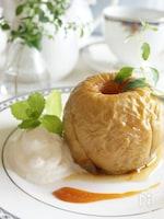 オーブン不使用、バターとシナモン香る焼きりんご