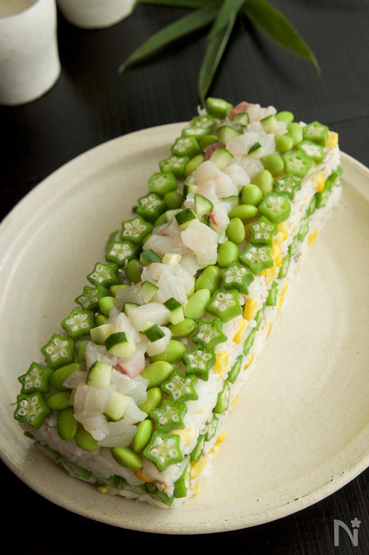 夏野菜のちらし寿司ケーキ