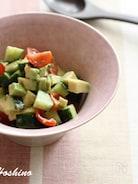 アボカドとトマトときゅうりのサラダ