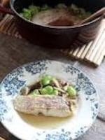真鯛と空豆の生姜酒蒸し