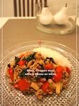 筍の食感がコリッと美味しい鶏ひき肉のバジル炒めご飯