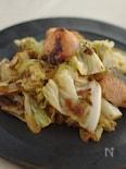 鮭とキャベツの味噌ゴマ炒め