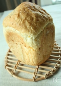 『ダブルコーン食パン』