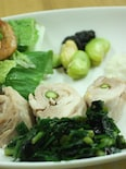 鶏のアスパラ梅ロール蒸し・にらのりソース