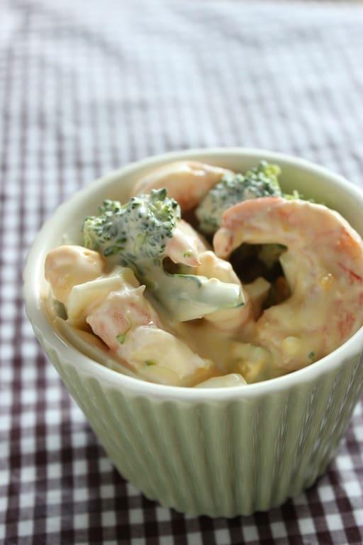 エビとブロッコリーの味噌マヨーグルトサラダ