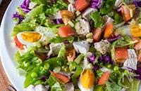 ごちそうサラダ『サラダチキンとカラフル野菜のサラダ』