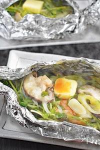 【簡単】鮭のホイル焼き〜バタぽんごま風味〜