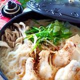体が温まる*鶏手羽元と厚揚げ、もやしの豆乳タンタン鍋