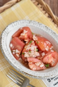 新たまねぎとトマトのイタリアンサラダ【作り置き】