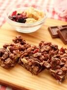 〈くらし薬膳〉グラノーラとベリーの簡単チョコバー