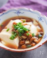 【冷菜でも温菜でも】豆腐のなめこ餡かけ