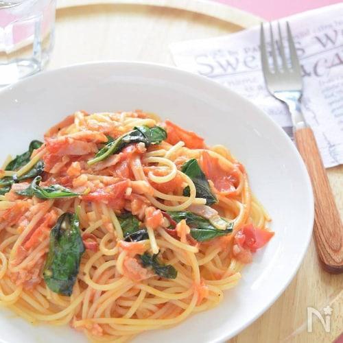 トマトと自家製バジルのパスタ