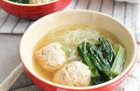 おろし豆腐仕立ての肉団子いり春雨スープ!塩こうじで腸活♪